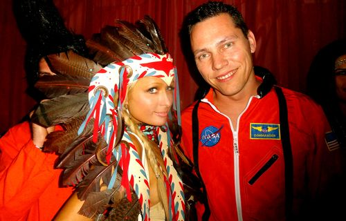 Paris Hilton loves Tiesto @ Halloween